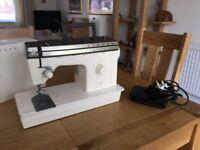 Singer Sewing Machine Model 378