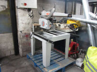 Maggi Junior 640 Radial arm Crosscut Saw, 3 Phase, very little use 2006 model