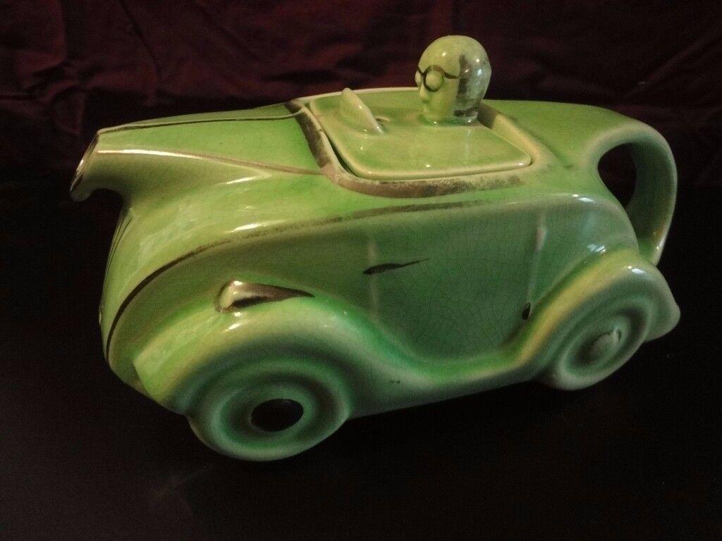 Sadler's Classic 1930s Art Deco Green Racing Car Teapot OKT42