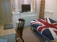 1 Bright Single Room Golders Green (All Bills Included)
