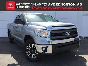 2015 Toyota Tundra SR | 5.7L V8 | Heat Seats | Rear View Cam