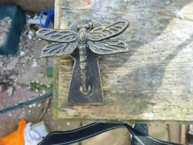 VINTAGE CAST IRON DOOR KNOCKER IN FORM OF DRAGON FLY