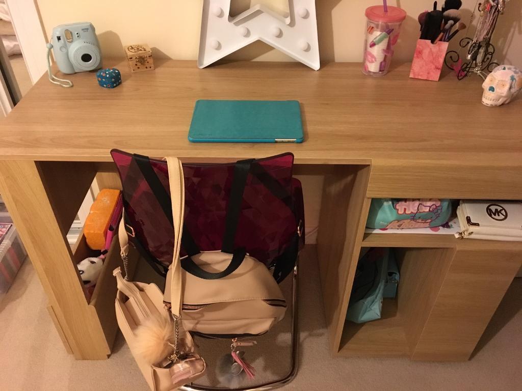 Large quality solid desk