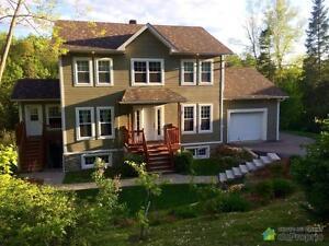 389 900$ - Maison 2 étages à vendre à St-Sauveur