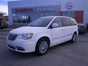 2016 Chrysler Town & Country Touring Leather Remote Start