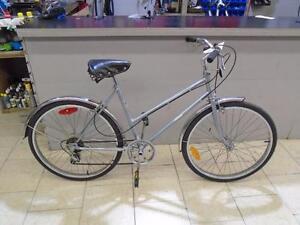 Vélo de ville Supoercycle 18'' - 0617-12