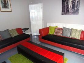 1st July 17 - 3 DOUBLE Bed House Beverley Rd Fallowfield 3 x £303.33pcm FREE INTERNET TV & LICENCE!