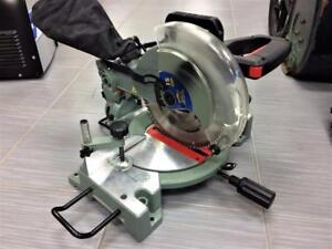 Scie à onglets 10''/15 Amp à guidage laser King Canada ***Testé et Garanti*** #P027547