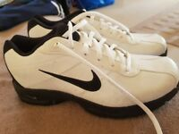 For sale size 7 Nike golf shoes