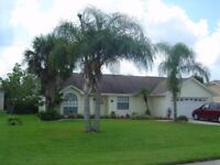LOVELY 3 BED 2 BATH VILLA IN FLORIDA OWN POOL HOT TUB JACUZZI GAMES ROOM ENCLOSED GARDENS