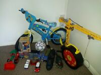 minion bike 16 inch and bundle of toys excellent working conditon