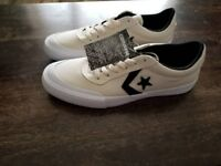 Mens converse shoes size 9 new