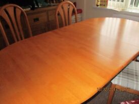 EXTENDING HEAT RESISTANCE TABLE TOP DINNING TABLE & 6 CHAIRS