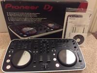 Pioneer ergo Dj controller package