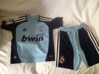 kids boys Real Madrid football kit age 3-5