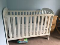 Babys White Cot with Drop Side, Mattress Protector, Sheets & Mattress