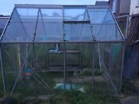 Green house in a good condition