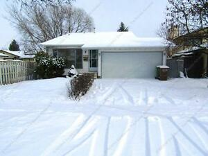 4 BDRM SPLIT-LEVEL HOME IN ST. ALBERT WITH DBL ATTACHED GARAGE