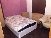 SUPERB DOUBLE ROOM IN STRATFORD*GURNEY RD