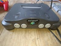 Nintendo N64 + 5 games + 3 controllers - perfect gift