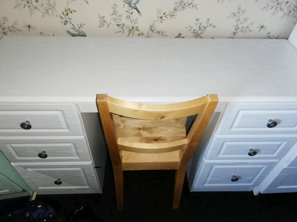 White 6 Draw Desk With Chair In Hucknall Nottinghamshire Gumtree