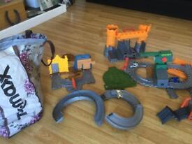 Loads of Thomas tank take and play kit