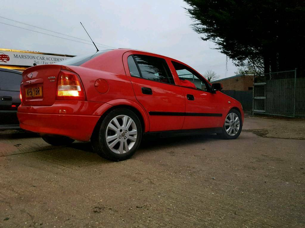 Vauxhall astra 1.8 sxi low milage perfect car 12months mot