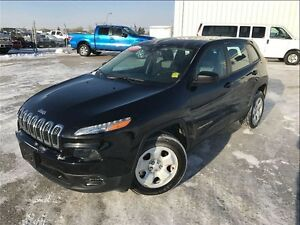 2014 Jeep Cherokee Sport 4x4- SUV with clearance!