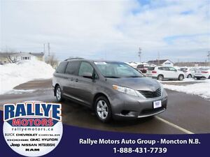 2014 Toyota Sienna LE! Back-Up! Alloy! Heated! ONLY 43K!