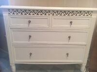 White shabby chic chest of drawers