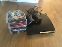 Sony PlayStation 3 Slim - 2 wireless controllers - 13 games