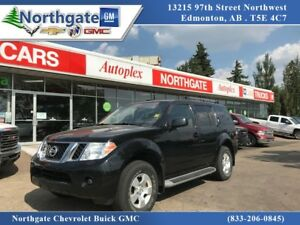 2010 Nissan Pathfinder 7 Passenger, 4x4, Great KM