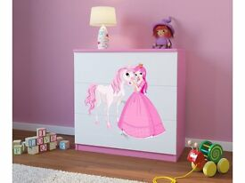 WHITE CHEST OF DRAWERS WITH PINK SIDE PANELS AND TOP