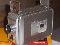 VINTAGE KODAK BROWNIE 8mm MODEL 2 MOVIE CAMERA - IMMACULATE CONDITION - ORIGINAL BOX -