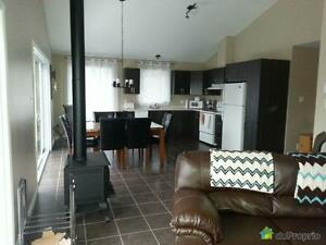 299 000$ - Duplex à vendre à Lamarche Saguenay Saguenay-Lac-Saint-Jean image 1