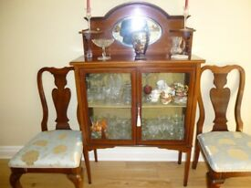 Beautiful Edwardian china cabinet, light mahogany, inlaid marquetry. Very good condition.