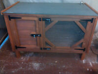 4ft New Rabbit/Guinea pig hutch