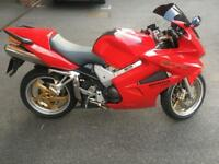 HONDA VFR 800 VTEC - FULL SERVICE HISTORY - ALARM WITH PAGER - LOW MILEAGE - HPI CLEAR.