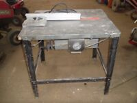A very solid 240 volt saw bench