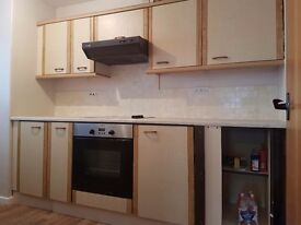 SPACIOUS 2 BEDROOM FLAT TO LET CALL NOW TO VIEW