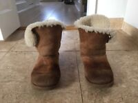 Ladies ugg bailey button chestnut size 7 boots USED
