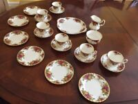 Reduced! English Bone China Royal Albert Old Country Roses tea set , antique, vintage 21 pieces