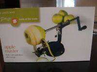 Lakeland Apple Master. New & Unused. Still boxed