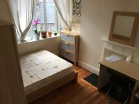 🎈🎆🎄 amazing DOUBLE ROOM TO RENT ON OLD KENT ROAD TWO BATHROOMS CLEANER TERRACE 🎃🎉🎇