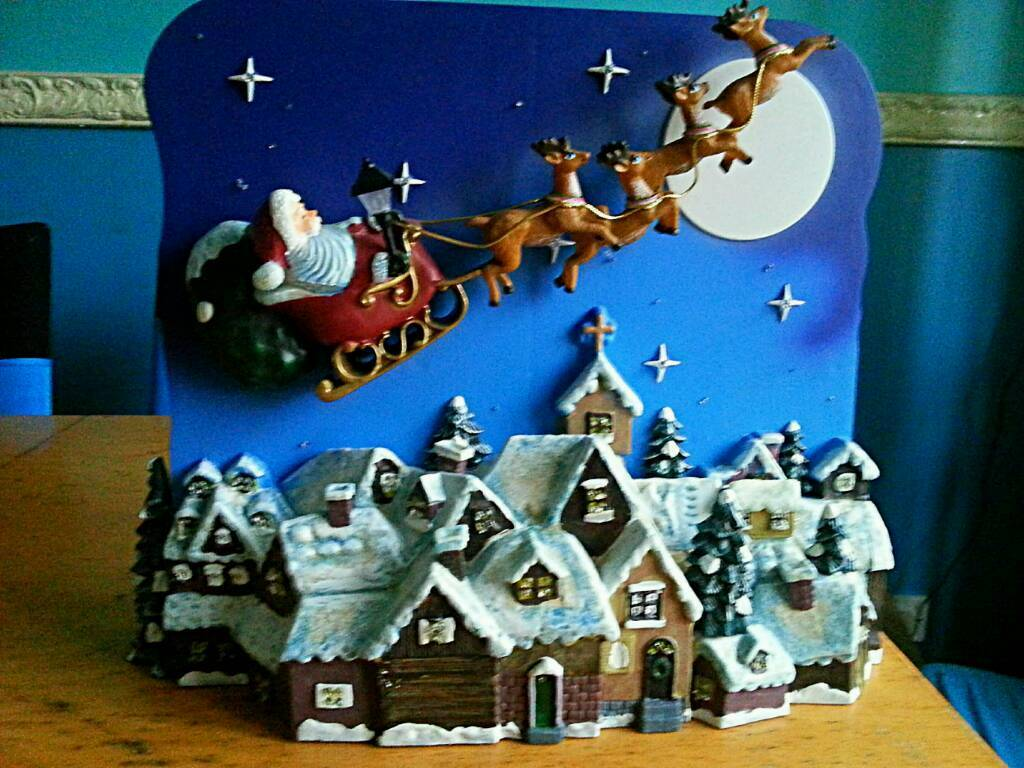 Christmas Fibre Optic Santa's Starry Night.