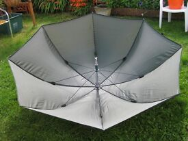 Parasol almost new, without pole. BS16. Just 5.00 pounds