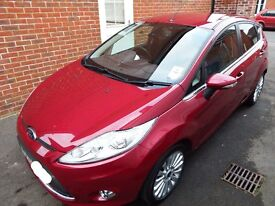 * REDUCED* Ford Fiesta Titanium Air conditioning, Heated Screen, Bluetooth, usb, mp3
