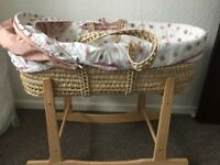 Baby Moses basket with rocker stand