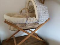 Mama's and Papa's Moses Basket & Stand