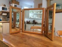 Three way mirror dresser